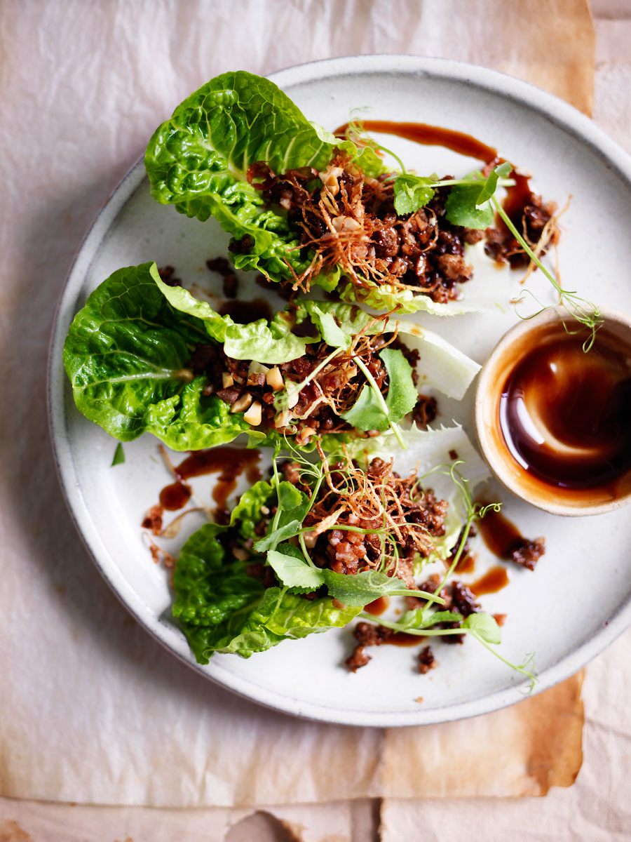 20150625Crispy-ginger-and-duck-salad-Larb
