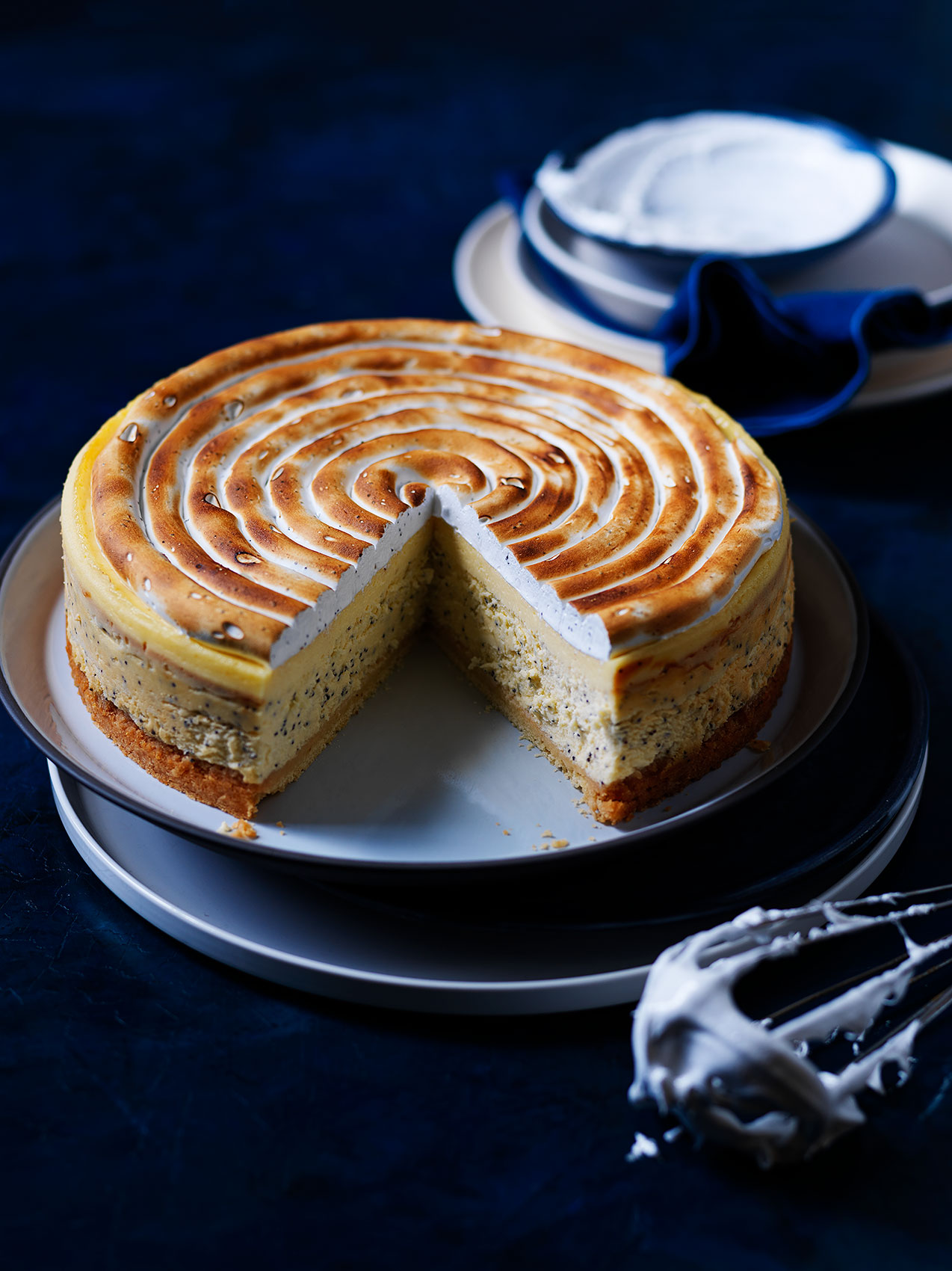 20190619LEMON-AND-POPPY-SEED-MERINGUE-CHEESECAKE